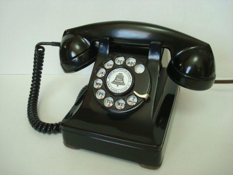 Telephone's Model 302